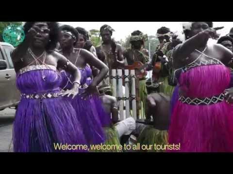 Buka welcomes a Cruise Ship