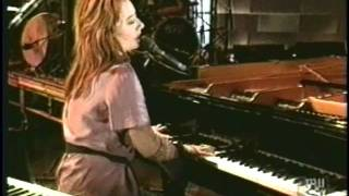 tori amos precious things hard rock live 1999 HQ