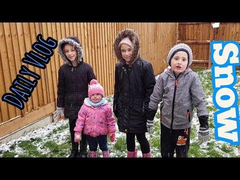 We got a little bit of snow | Daily Vlog | Steve's Vlogs