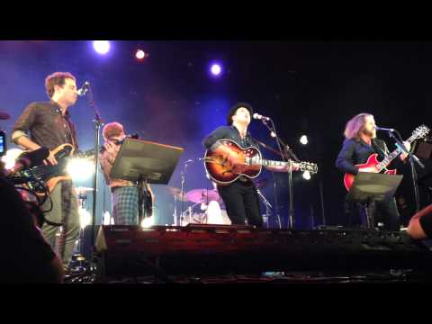 "Johnny Depp Plays Guitar with The New Basement Tapes - LIVE - ""Kansas City"""