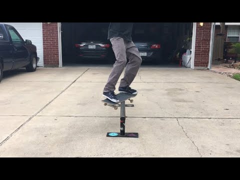 HOW TO FEEBLE GRIND | Trick-Tips with Moore