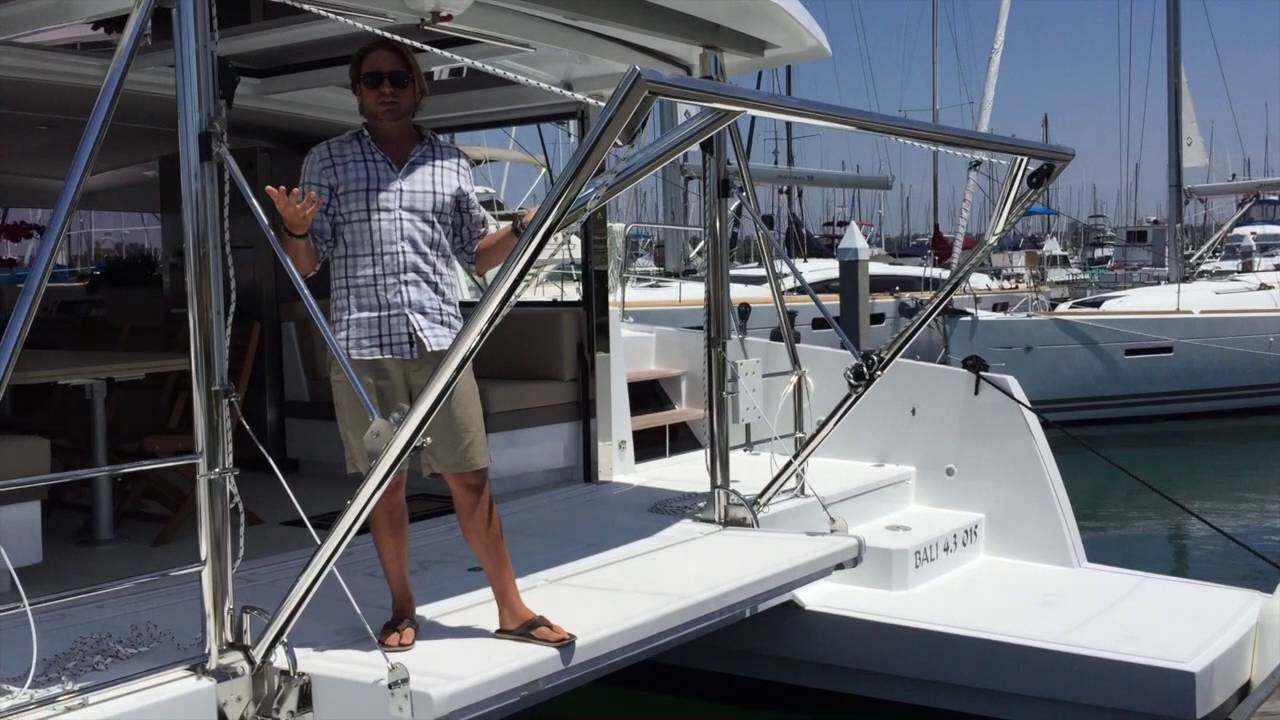 Bali 4 3 Sailing Catamaran Davit System For A Dinghy By