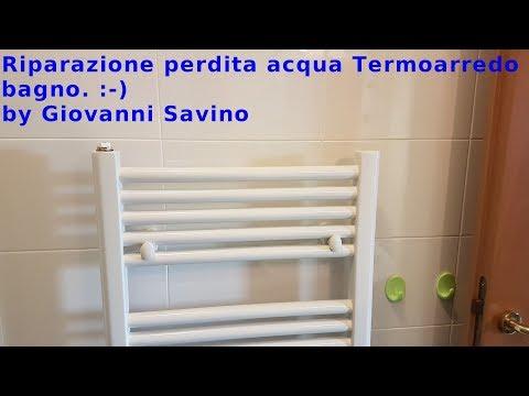 Riparazione perdita acqua termoarredo bagno. Repair loss of water heated towel rail. :-)