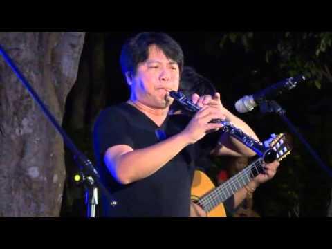 20141021老鷹之歌 蔡興國OB 排笛 - YouTube