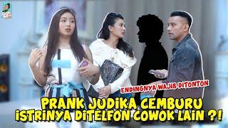 Download lagu PRANK JUDIKA CEMBURU ISTRINYA DITELFON COWOK LAIN ?! | #wilonaprankamu