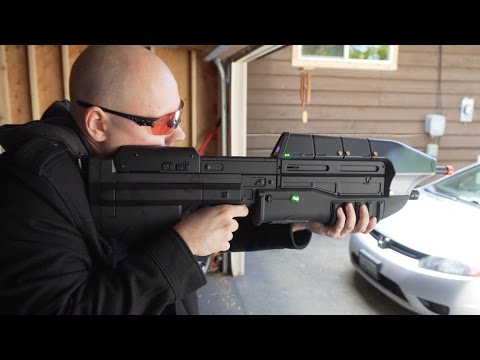 HALO MA5C Assault Rifle Gun Review