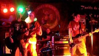 Les Trois Fromages Live @ Troll's Rock Nevers Le Père Noël N'Existe Pas