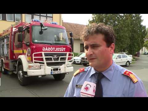 Új tűzoltóautót kapott Hatvan