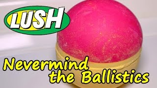 LUSH - Never Mind The Ballistics Bath Bomb - DEMO - Underwater View - Review Christmas 2016 2017
