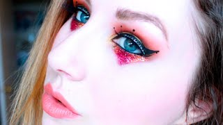 LOOK: GLITTER CIRCUS EYES Thumbnail