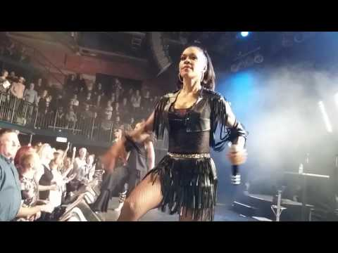 EN VOGUE - Funky Divas Medley - live at Schlachthof Bremen, Germany, 25 April 2017