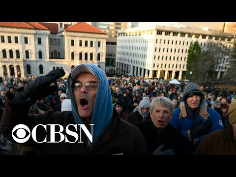 Thousands of activists rally for gun rights in Richmond, Virginia