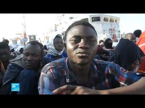خفر السواحل الليبي ينقذ عشرات المهاجرين  - نشر قبل 10 ساعة