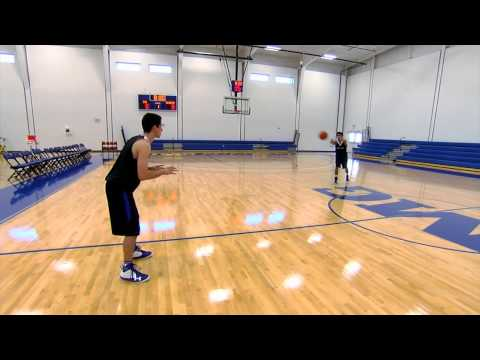3-man-weave-drill---team-warm-up-drills-series-by-img-academy-basketball-program-(1-of-3)