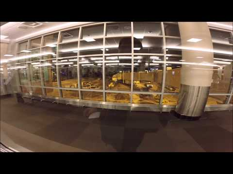 Swift Air Boeing 737-400 Charter Flight Return to Philadelphia from Minneapolis/St Paul