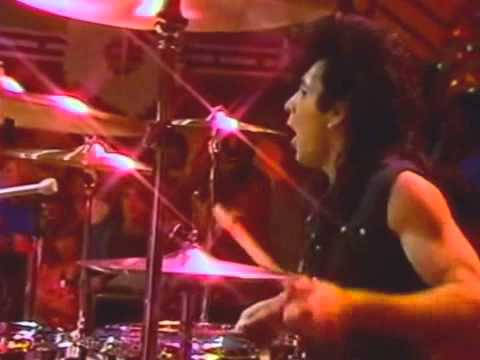 THE ROMANTICS  ROCK YOU UP 1983 Oficial CLIP HD