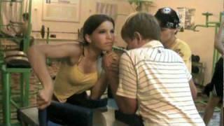 Борьба девушки.mpg(армспорт., 2010-07-17T16:32:13.000Z)