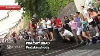 054 bez komentare  prazske schody