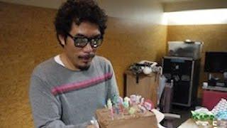 歌手の鈴木雅之59才が、12日、都内でソロ、30周年&還暦記念アル...