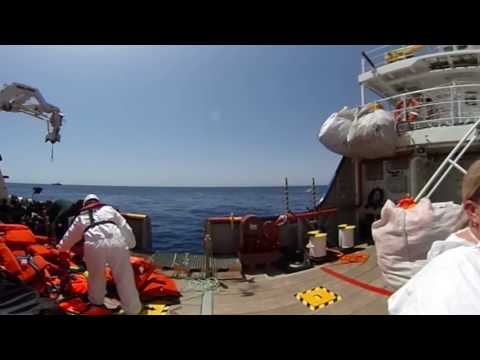 Rescuing people in the Mediterranean – a 360 view