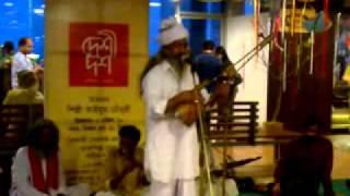 Lalon Geeti by Tun Tun Baul (Live)