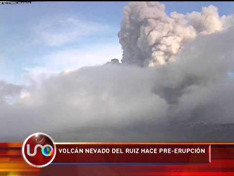 Volcán Nevado del Ruiz hace pre-erupción