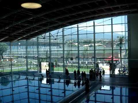 Centro sportivo calcio catania torre del grifo village piscine e palestre youtube - Torre del grifo piscina ...