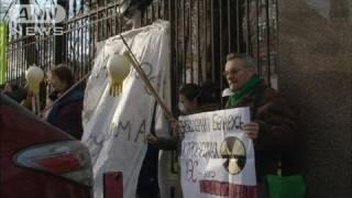 「福島に学べ」ベラルーシの原発計画に反対デモ(11/11/19)
