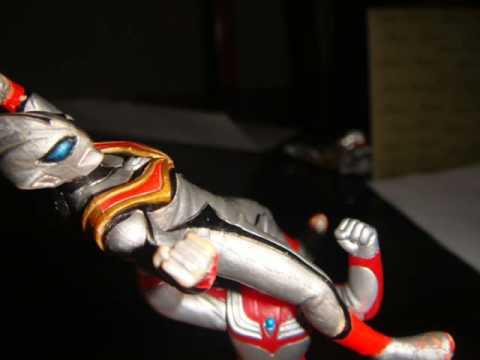 Ultraman Tiga vs Ultraman Evil Tiga.wmv