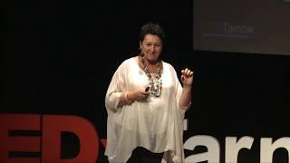 Poszukiwanie stabilności tj. Współpraca oparta na empatii | Dorota Szczepan Jakubowska | TEDxTarnow
