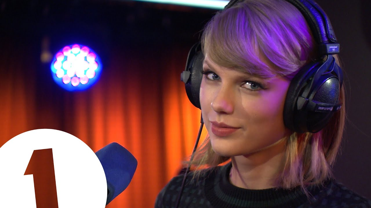 Taylor Swift Performs Love Story For The Teen Awards Youtube