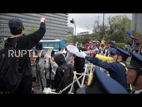 Japan: Thousands demand PM Abe's resignation amid corruption scandal