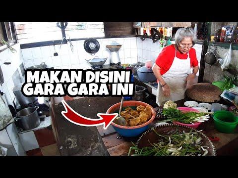 padahal-cuma-jual-makanan-rumahan-tapi-pembelinya-rame-banget-&-bermobil-!!-kuliner-legendaris