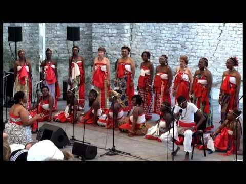 trad. arr. Sophie Damas: Orema rwé ngalo - Le chant sur la Lowé-Gabon; Yveline Damas