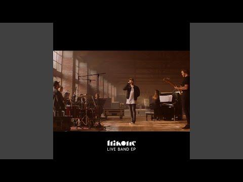Blanco y Negro (Live Band Version)