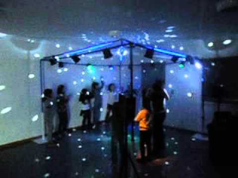 Discoteca em casa crian as e dolescentes youtube - Discoteca in casa ...