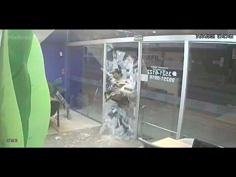 Ladrão The Flash rouba loja em 7 segundos