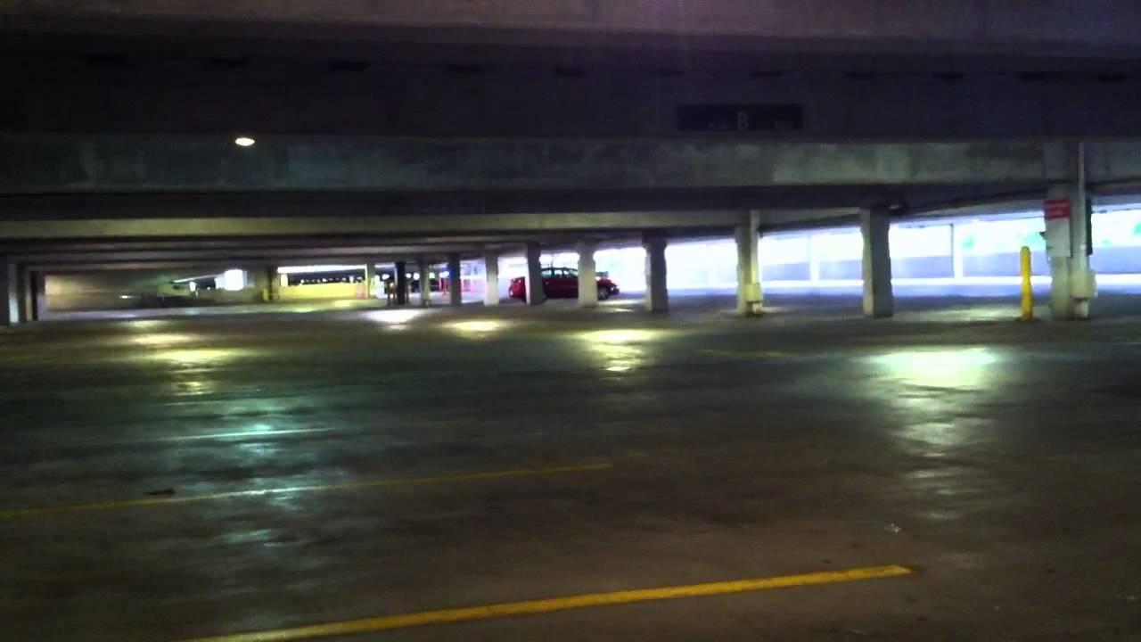 1989 buick park avenue horn in parking garage [ 1280 x 720 Pixel ]