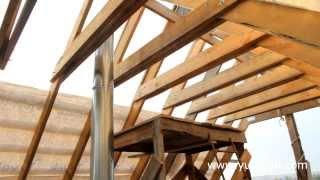 видео Устройство и возведение деревянных стропильных ферм для крыши