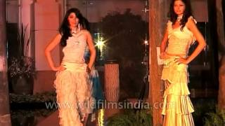 Repeat youtube video Anupama Singh Fashion show in India