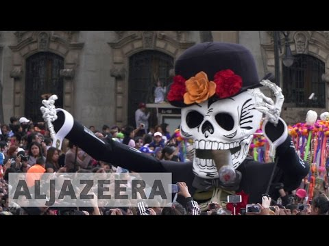 Mexicans celebrate first Day of the Dead procession