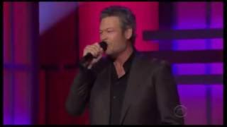 blake shelton southern nights acm honors glen campbell 2016