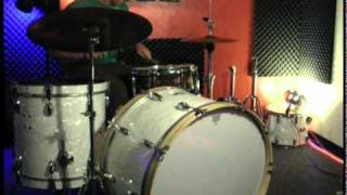 26 kick bass drum test