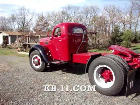 1949 Antique Single Axle KB11 International Tractor ...
