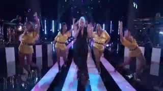 Gwen Stefani and Pharrell Williams Perform Hollaback Girl on The Voice US