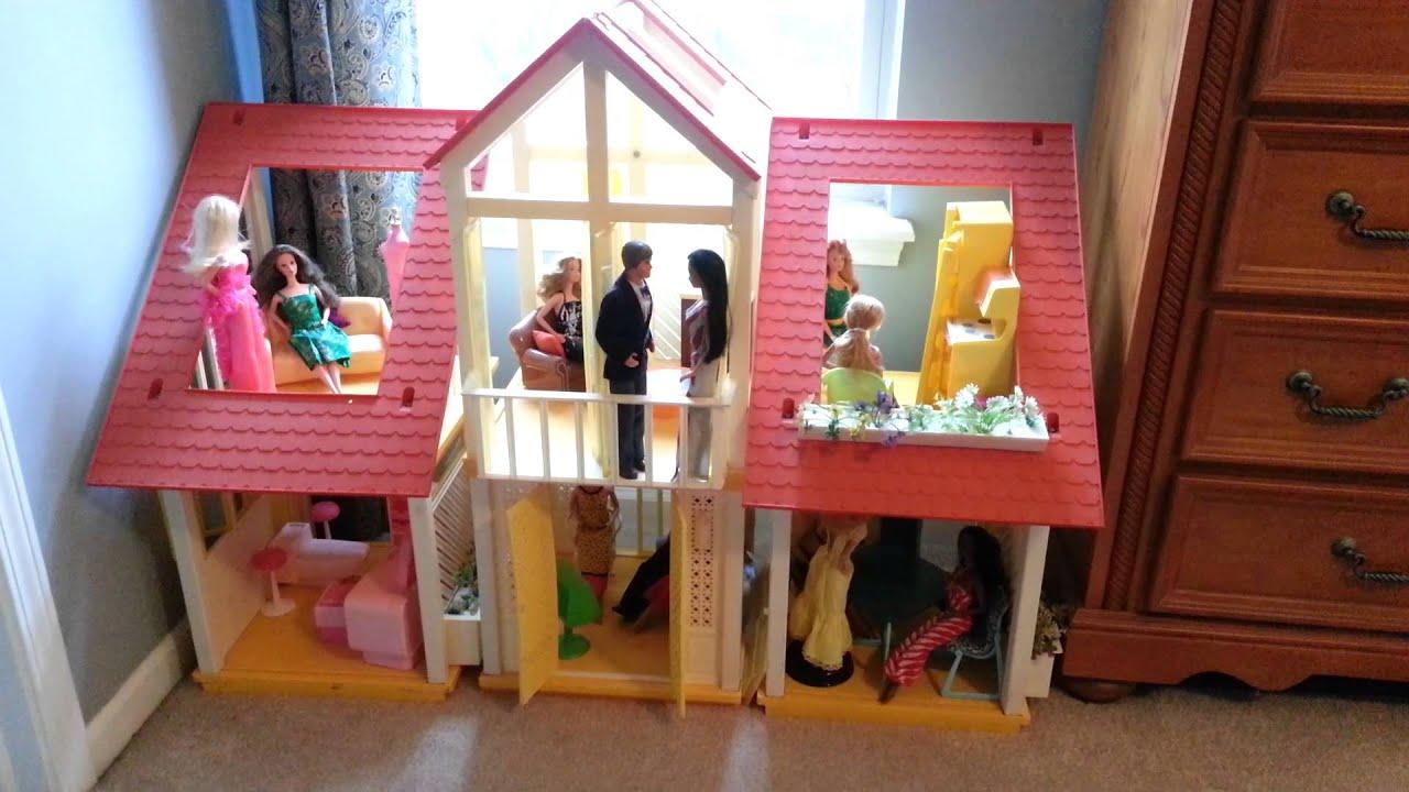 Barbie Dolls Of The Week 38 1970 S Barbie Dream House