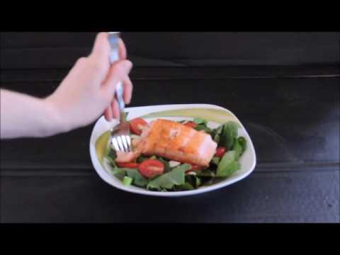 saumon-farci-et-salade