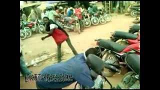 Funny Nigeria: fuji dancing on-the-go