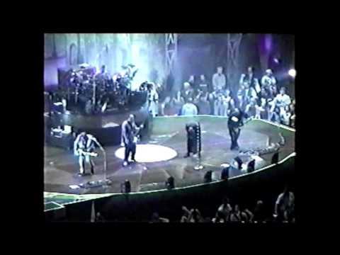 Korn, March 3rd 2000, Oakland, CA
