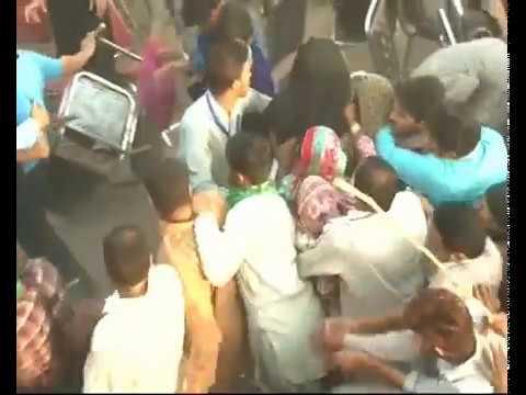 Girl harassment at Patoki Shehbaz sharif Jalsa